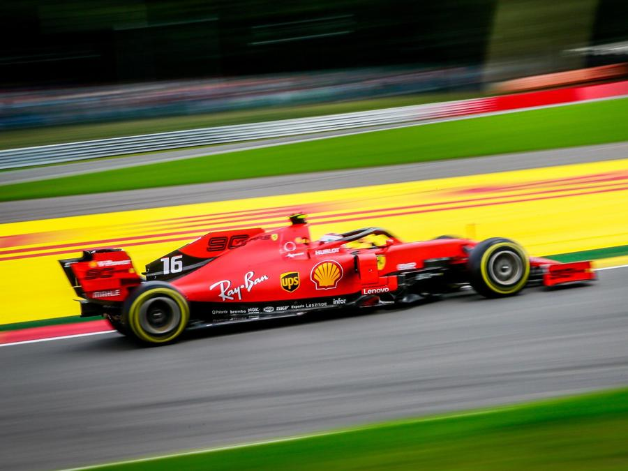 La Ferrari di Charles Leclerc (EPA/STEPHANIE LECOCQ)