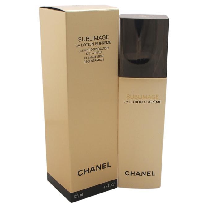 Lotion Suprême Sublimage di Chanel. La Planifolia PFA, estratto di vaniglia del Madagascar e attivo star della linea, si unisce al complesso acquamagnetico trattenendo le molecole d'acqua per un'idratazione intensa e duratura