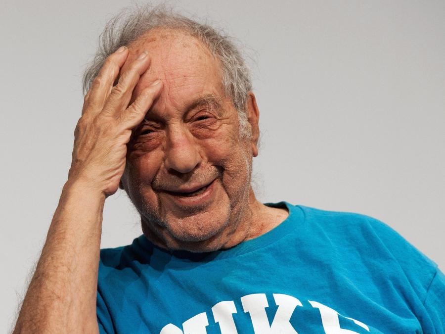 Robert Frank  durante un  matinee in Berna nell'aprile 2012 (EPA/LUKAS LEHMANN)
