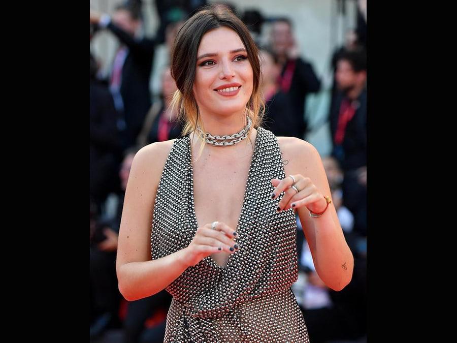 Bella Thorne ha indossato gioielli Avakian