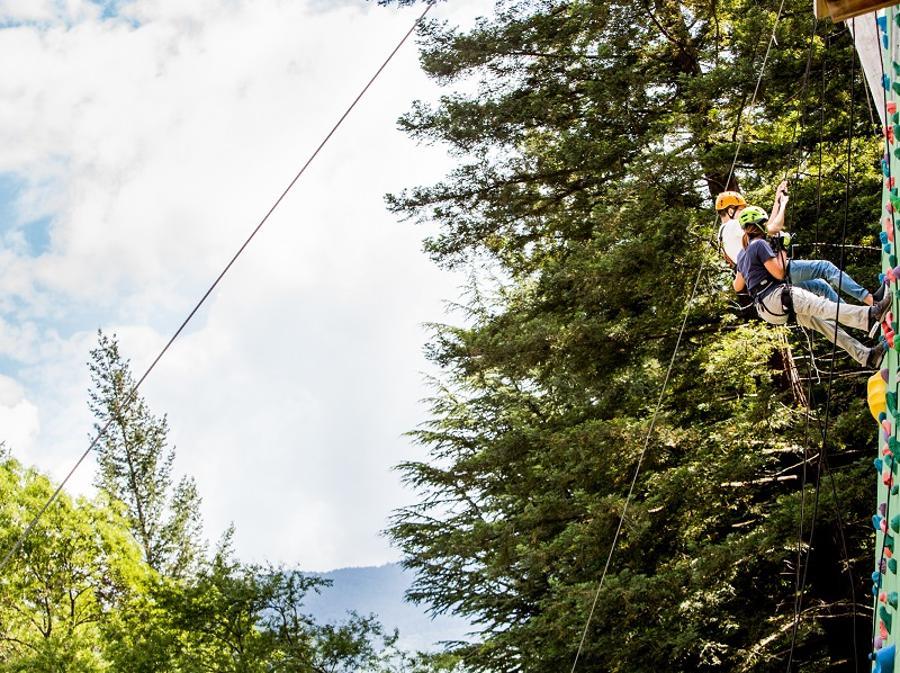L'arrampicata è simbolica della Terapia Ricreativa Dynamo: una sfida che, superata, dà immediatamente fiducia
