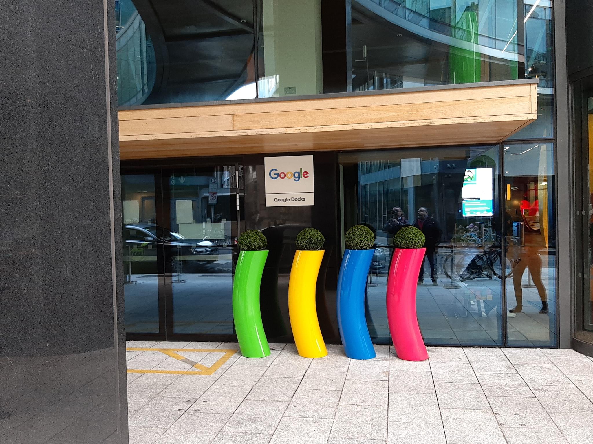 L'ingresso del quartier generale di Google a Dublino