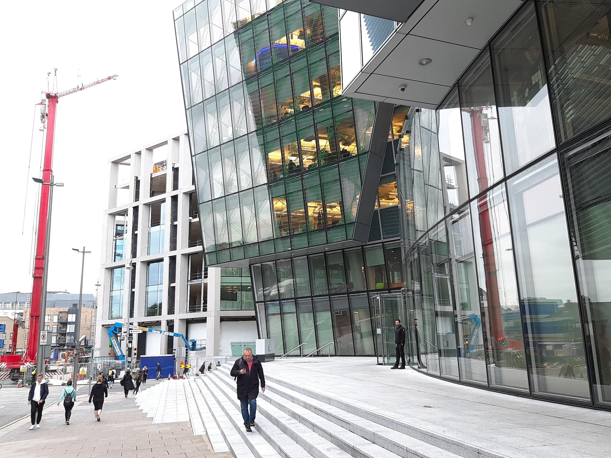 L'edificio dove ha sede Facebook in Misery Hill a Dublino, nella zona del Grand Canal