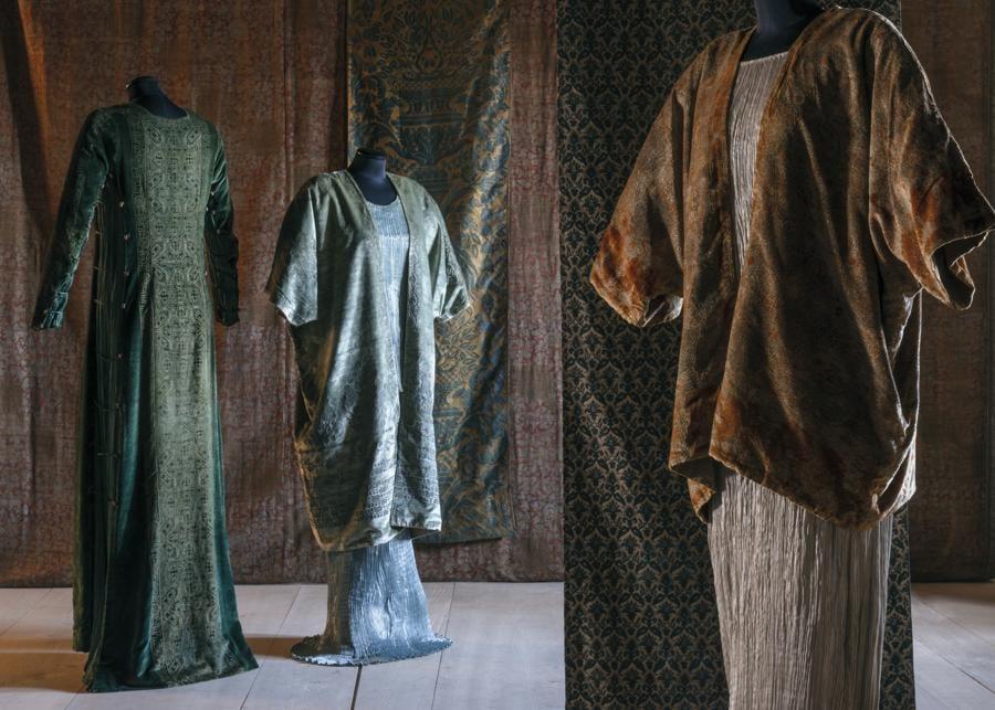 Abiti Delphos  - (taffetas di seta, dopo il 1909) - Fondazione Musei Civici di Venezia-Museo Fortuny