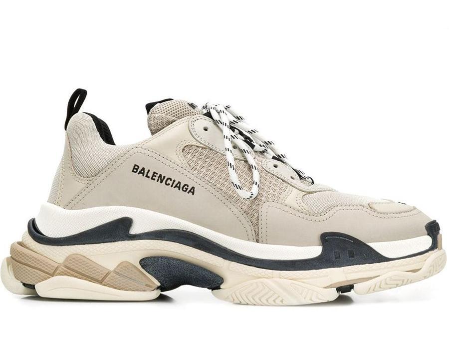 La top 5 delle sneakers da uomo: al primo posto, le Balenciaga Triple S