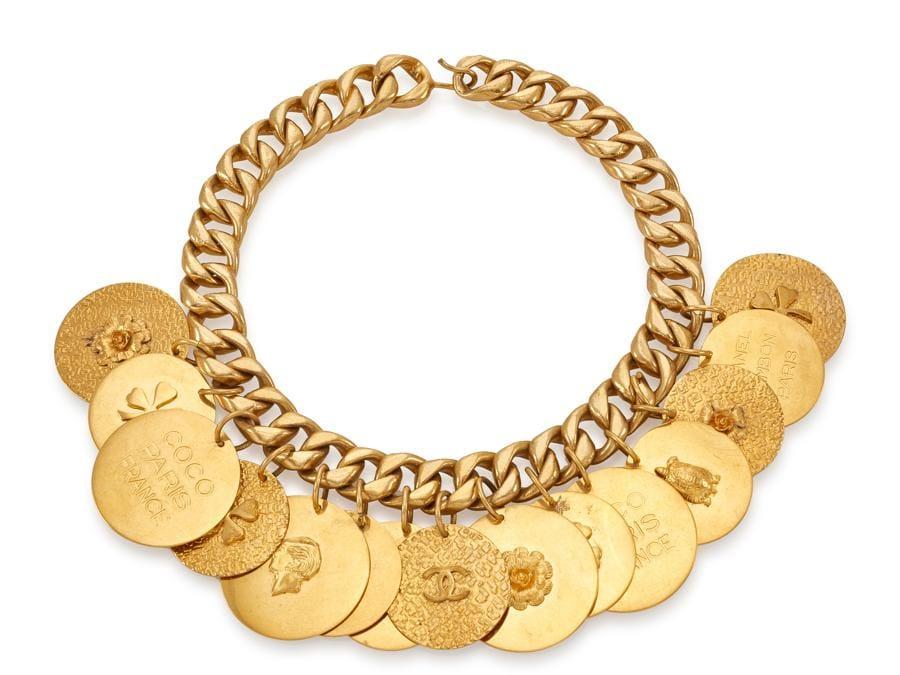 Collana a catena con medaglie, autunno 1990-91 (base d'asta 100 - 200 euro)