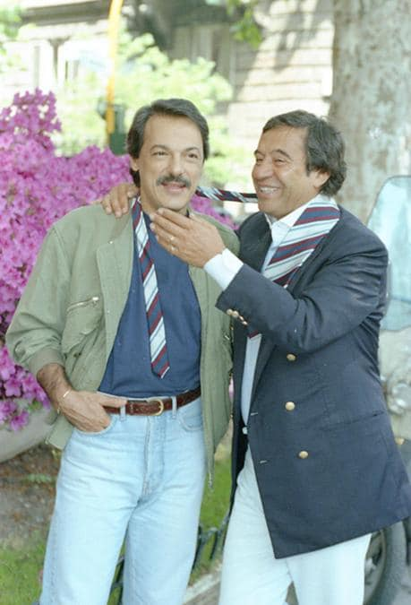 In una foto d'archivio datata 25 maggio 1993 Fred Bongusto e Toquinho fotografati in via Veneto a Roma. ANSA/
