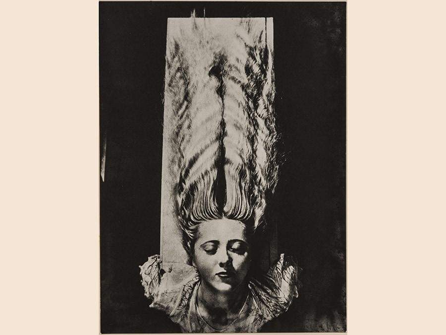 Man Ray,  Capigliatura, 1930 - 1976, cm 28 x 21, courtesy Archivio Storico della Biennale di Venezia - Asac, Venezia, © Man Ray Trust by Siae 2019
