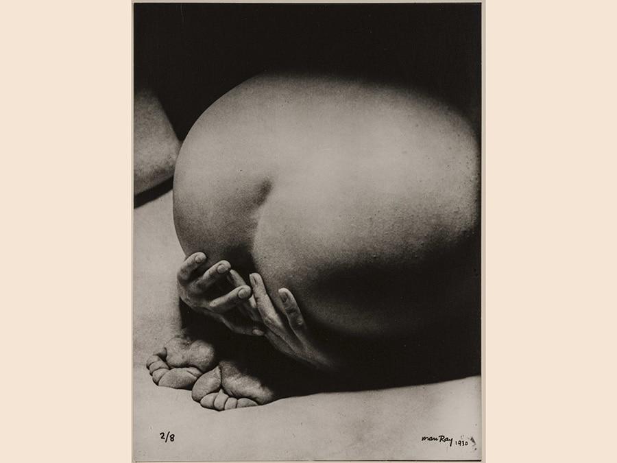 Man Ray, La priére, 1930 - 1976, Cm 23 x 17, courtesy Archivio Storico della Biennale di Venezia - Asac, Venezia, © Man Ray Trust by Siae 2019