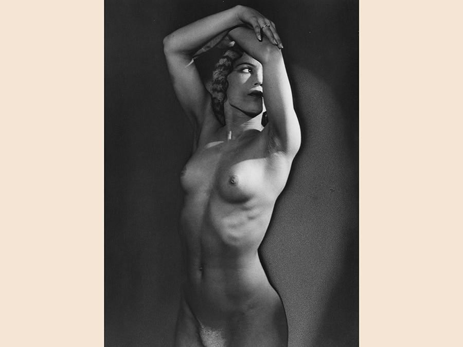 Man Ray,  Senza Titolo (nudo), 1934-1981, cm 29,8 x 12,2, Collezione Csac, Università di Parma, courtesy Csac, Università di Parma, Sezione Fotografia, © Man Ray Trust by Siae 2019