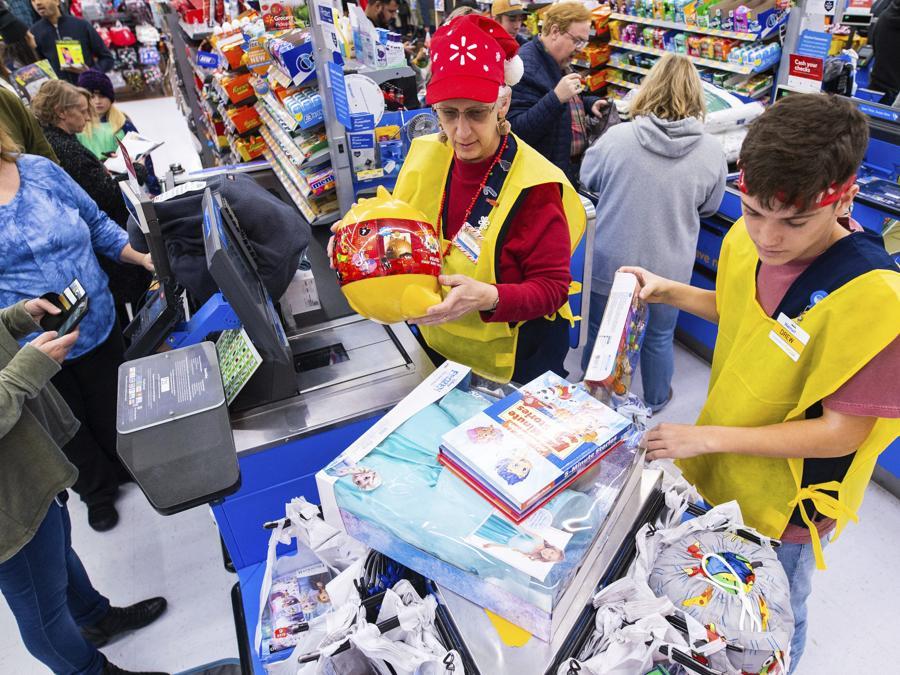 (Gunnar Rathbun/AP Images for Walmart)
