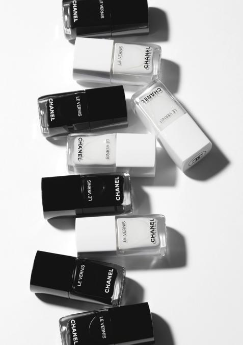 Smalti della Collezione Noir et Blanc di Chanel