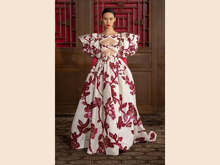 (Courtesy: Valentino Haute Couture)