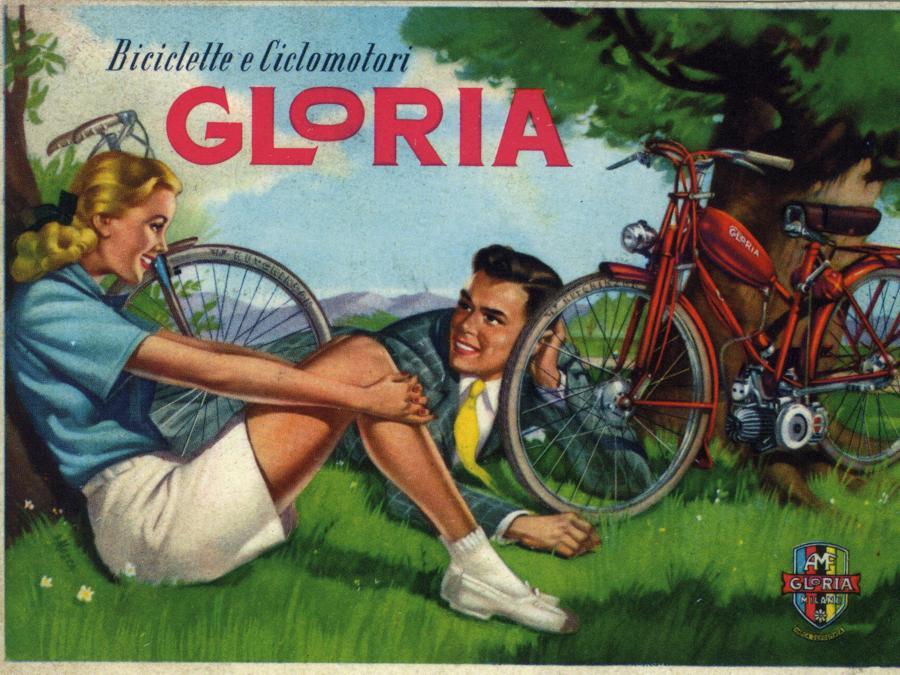 Biciclette e ciclomotori Gloria, 1950-55. Su disegno di Franco Mosca. Ristampa di una cartolina pubblicitaria(Courtesy Comune di Modena, Collezione Museo della Figurina - Fondazione Modena Arti Visive)