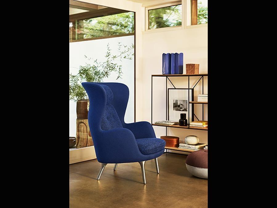 Fritz Hansen. Ro Lounge-chair