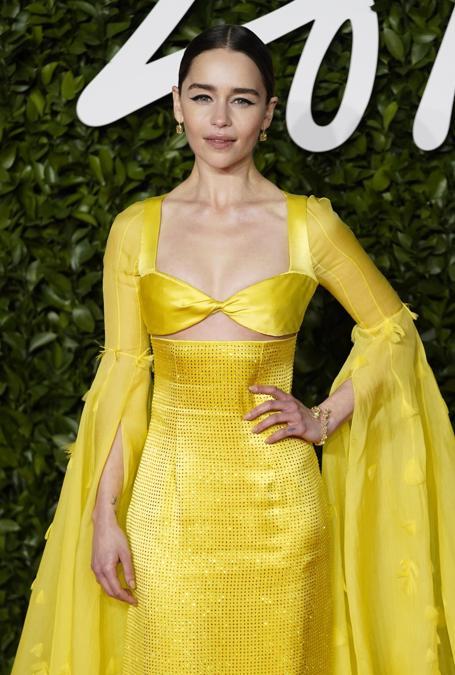 Emilia Clarke in Schiaparelli Haute Couture (EPA/WILL OLIVER)