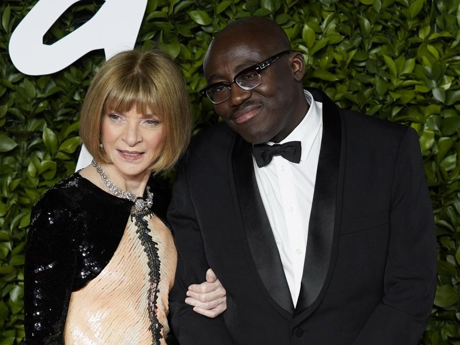 Anna Wintour (in Chanel Couture) ed Edward Enninful. (EPA/WILL OLIVER)