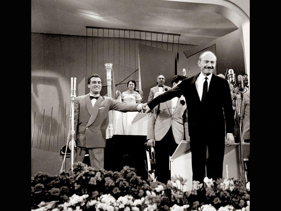 1957. Nunzio Gallo con Armando Trovajoli