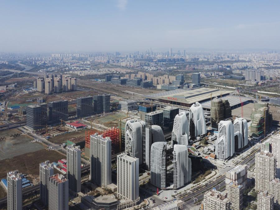 Maxi cantieri in Cina con MAD Architecs, rush finale per il complesso mixed use denominato Nanjing Zendai Himalayas Center