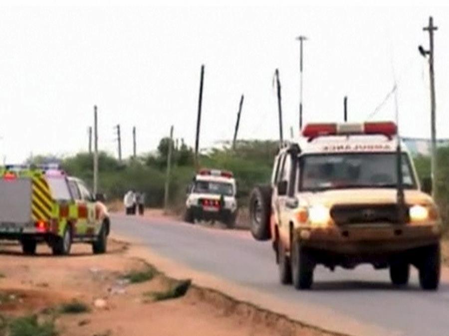 2 aprile 2015, uomini armati attaccano l'università di Garissa in Kenya, uccidendo quasi 150 persone (Reuters)