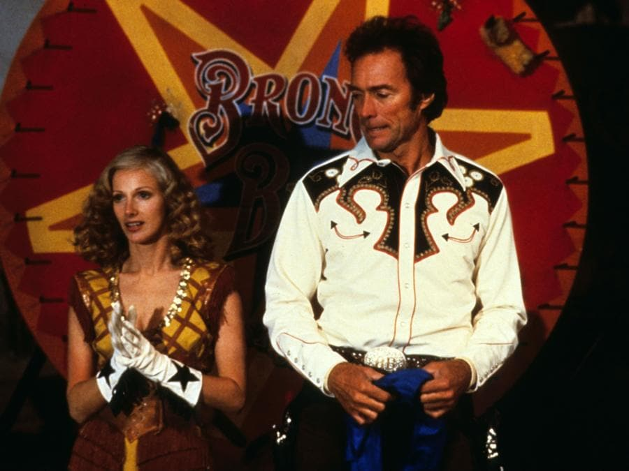 1980 - Bronco Billy - Clint Eastwood e Sondra Locke. (Collection Christophel © Warner Bros / Seconde Street Films)