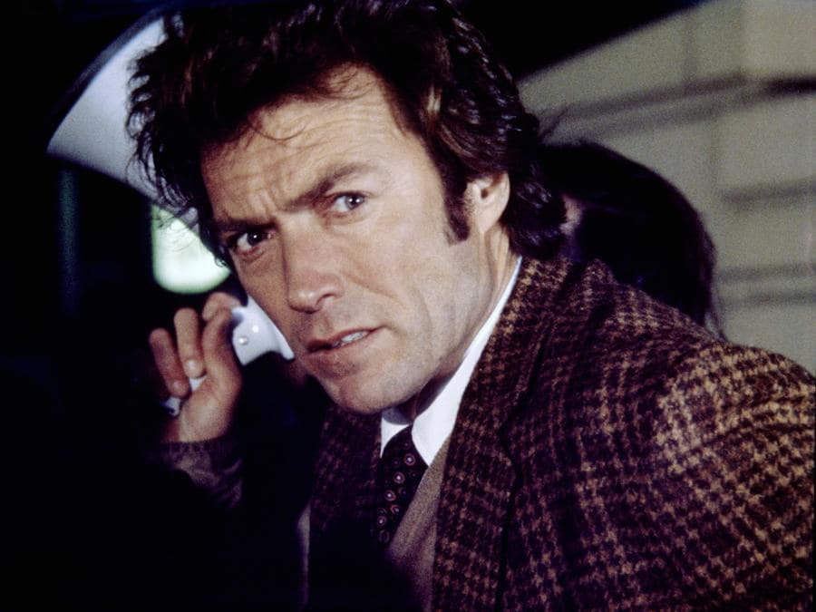 1972 - Ispettore Callaghan - Clint Eastwood. (Collection Christophel / RnB © Warner Bros Pictures)