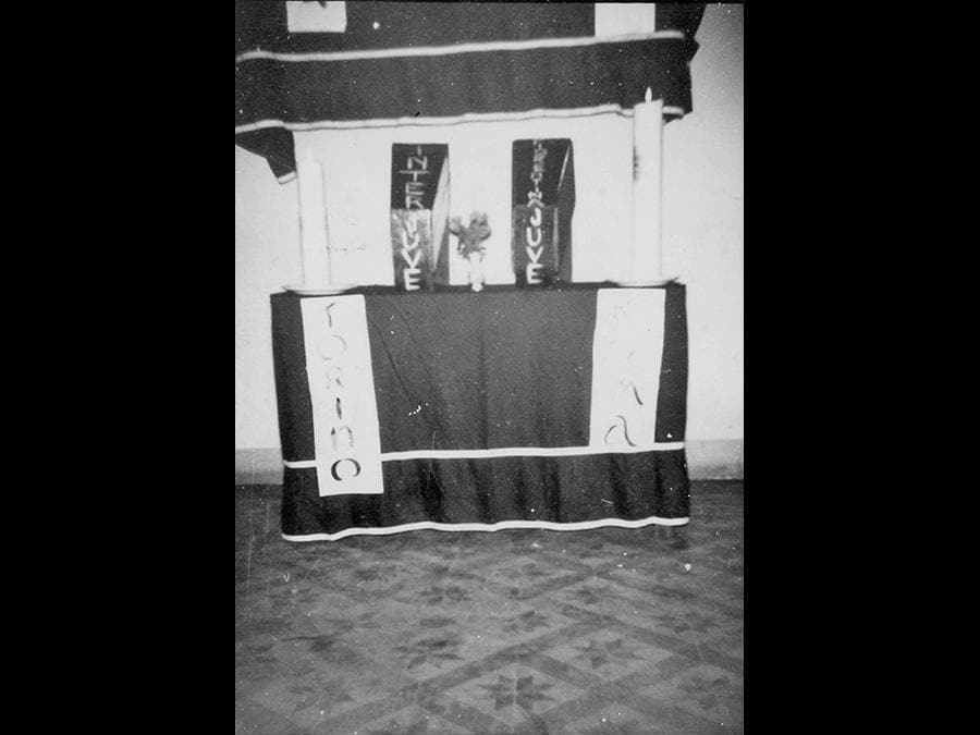 INTER. Il 31 maggio 1964, quando l'Inter perse con il Bologna lo spareggio per lo scudetto, Fermo Vitali, sfegatato tifoso, allestì a lutto la saletta della trattoria, inscenando un vero e proprio funerale per la Beneamata