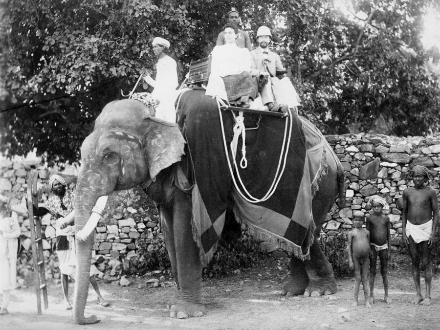 Lydia e Sergej durante il loro viaggio in India, 1895