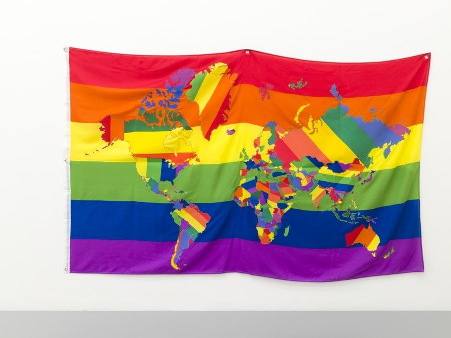 Jonathan Monk, The world in gay pride flags, 2013, collage, di tessuto 150×245 cm, Courtesy Galleria Massimo Minini & Jonathan Monk, Ph. Andrea Gilberti & Alberto Petrò