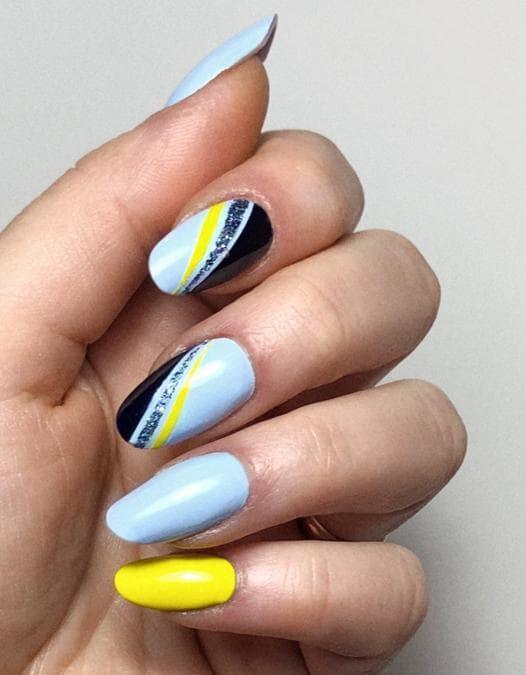 Manicure by @laDaniP_