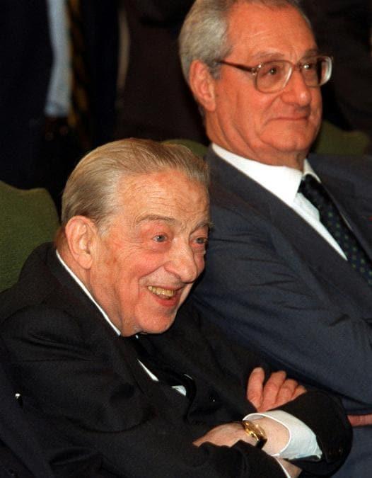 Anni '90 - Il presidente onorario di Medio Banca Enrico Cuccia e il presidente della Fiat Cesare Romiti  durante il convegno tenutosi al centro studi ''La malfa''. (Bianchi/ANSA/ ji)