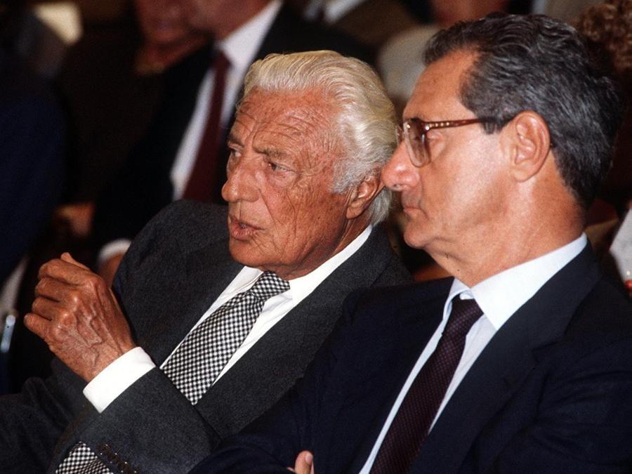 1980 - Gianni Agnelli con CesareRomiti il giorno prima della consegna dell'Impero Fiat nelle mani di  Cesare Romiti