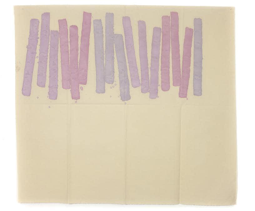 Giorgio Griffa, Quasi verticale, 1977, acrilico su tela, 155 x 173 cm, in mostra nella sede temporanea di Lorcan O'Neill a Londra durante Frieze Week, Courtesy Galleria Lorcan O'Neill