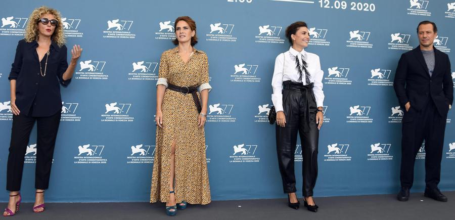 Valeria Golino, Maya Sansa, Serena Rossi e Stefano Accorsi (ANSA/CLAUDIO ONORATI)