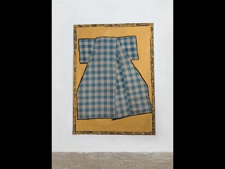 ISABELLA DUCROT - Cretonne Blue, 2016 - Cotton textile and pigments on stretched paper / tessuto in cotone e pigmenti su carta intelaiata - 208 x149 cm (81 ⅞ × 58 ⅝ inches) - Courtesy the artist and T293, Roma - Photo: Roberto Apa