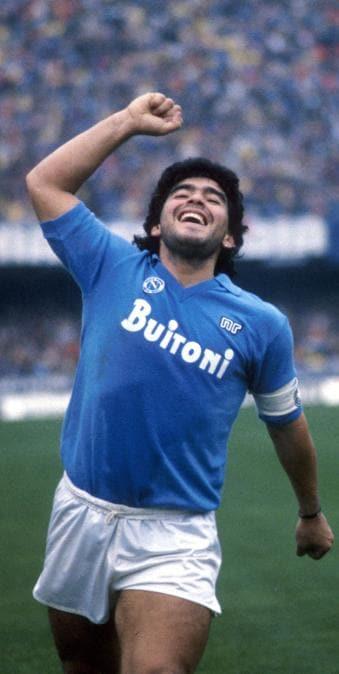Diego Armando Maradona con la maglia del Napoli calcio (Sabattini/IPP)