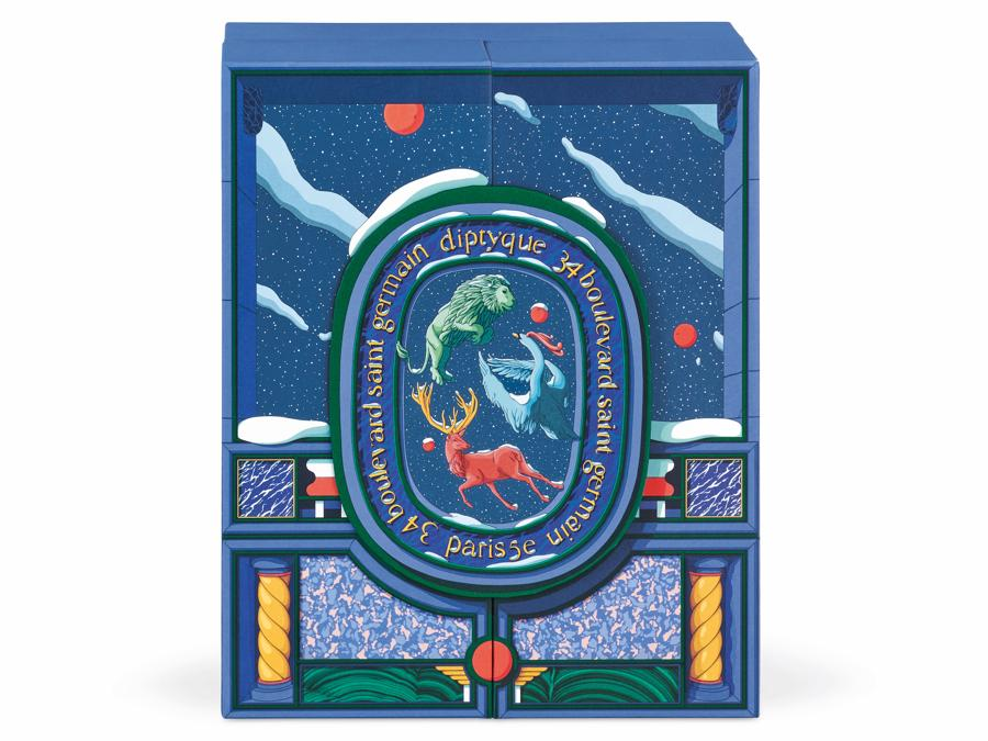 """Dipityque.Calendario dell'Avvento decorato con  le immagini di Ugo Gattoni che rappresenta il fantastico viaggio delle """"Marvelous beasts"""": il leone, il cigno e il cervo"""