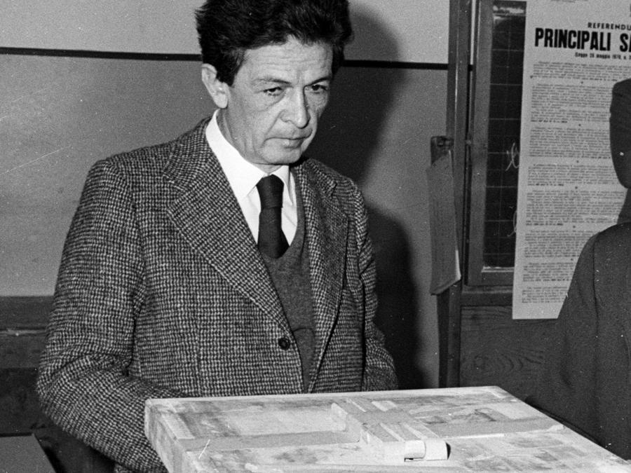 Enrico Berlinguer. ARCHIVIO ANSA/DEF
