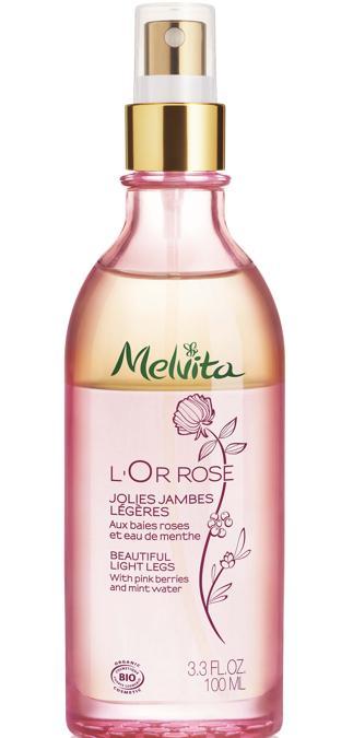 L'Or Rose Jolie Jambes Légères di Melvita, un trattamento bifase per defatigare le gambe, arricchito di acqua floreale alla menta, olio di rosa mosqueta e pepe nero dall'effetto drenante