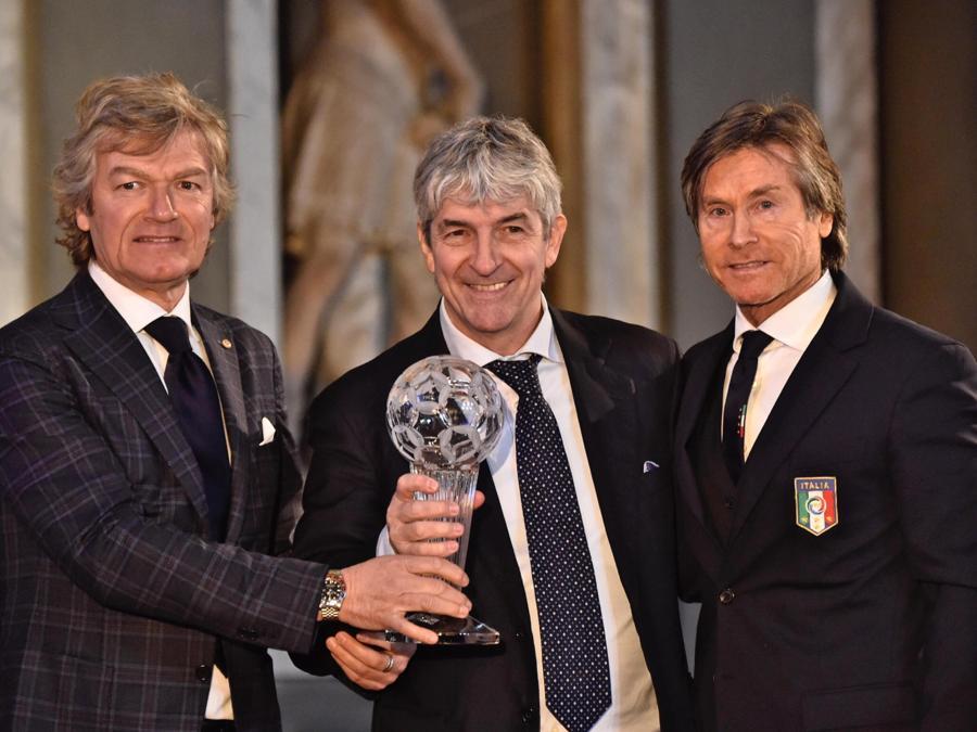 Con Giancarlo Antognoni  eGabriele Oriali, nel  2017 (ANSA/MAURIZIO DEGL INNOCENTI)