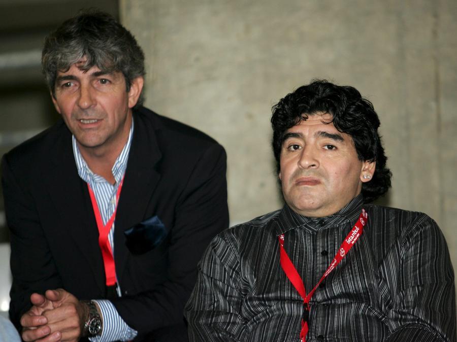Con  Diego Maradonna  nel  2005 (ANSA / DANIEL DAL ZENNARO / PAL)