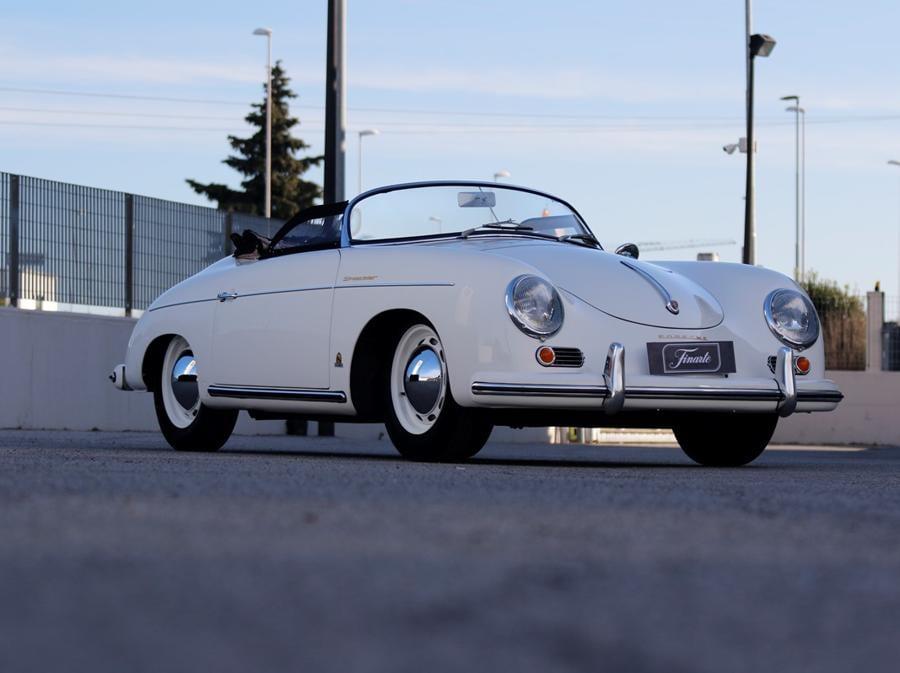 1954 Porsche 356 Speedster, telaio no. 80122, motore no. P 33829, stima 300.000 €, venduto a 326.116 €, Courtesy Finarte