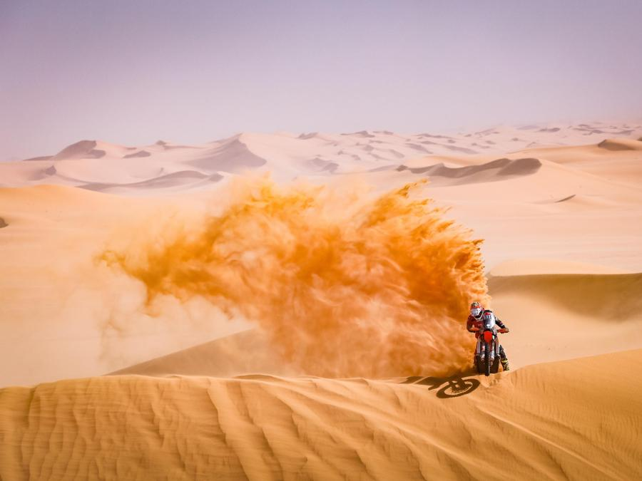 Dakar Rally 2021 si svolge in Arabia Saudita (EPA/Frederic Le Floch)