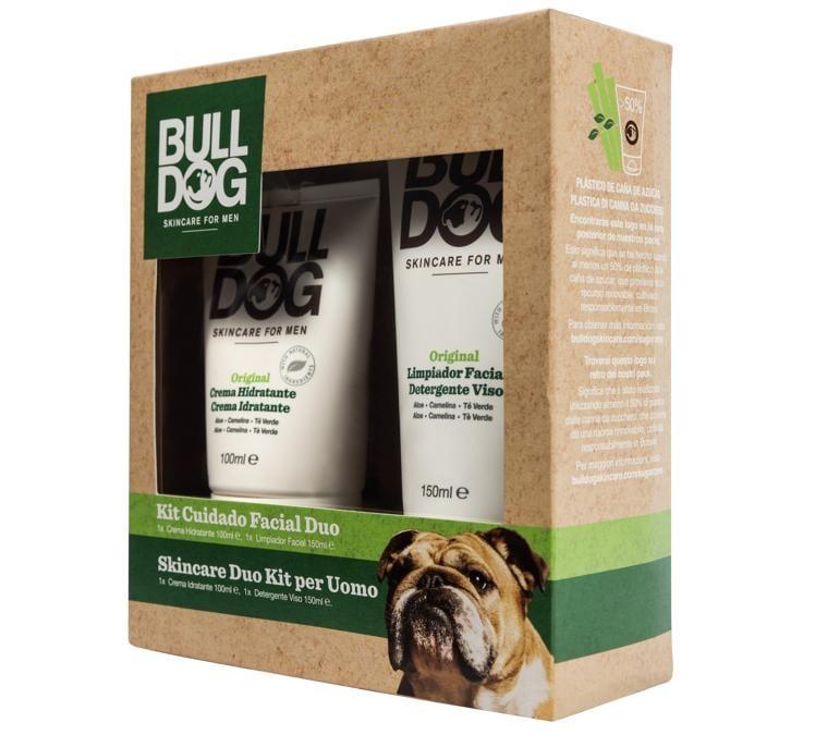 Bulldog Skincare Duo Kit, contiene il Detergente per il viso Bulldog Original con aloe vera dall'effetto rinfrescante e la Crema Idratante Bulldog Original con tè verde, olio di camelina e aloe vera, formulata per idratare la pelle maschile.