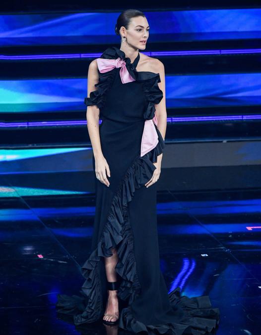 Vittoria Ceretti in Valentino Haute Couture