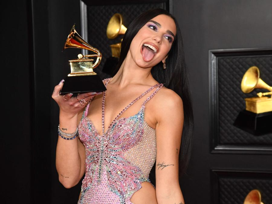 Dua Lipa (Photo by Kevin Mazur / The Recording Academy / AFP)