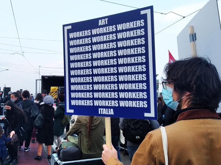 Art Workers Italia (AWI) in manifestazione a Venezia, 23 febbraio 2021. Courtesy AWI