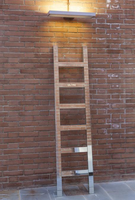 Antonello-GhezziOltre, 2019Specchi, struttura in legno, luce a led