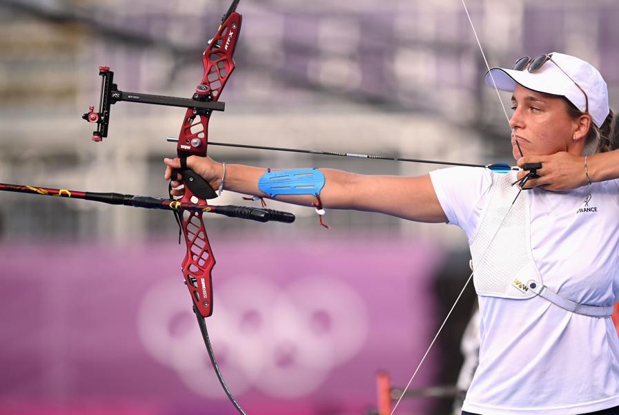 Tiro con l'arco individuale femminile - la francese Lisa Barbelin (REUTERS/Clodagh Kilcoyne)