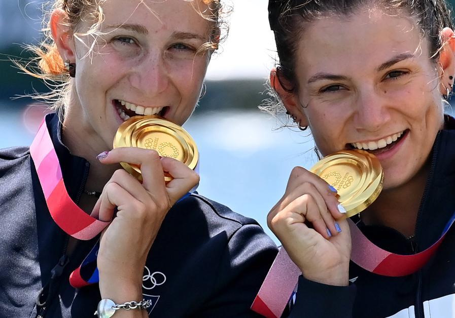 Oro:  Valentina Rodini e Federica Cesarini (Canottaggio - pesi leggeri donne) - Ipp